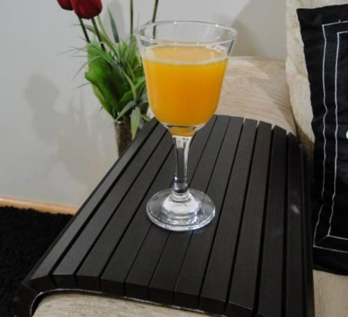 decoracao de sala barata e bonita: comum e barata mas: Muito bonita – esteira de madeira para sofá