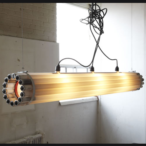 decoracao de interiores faca voce mesmo:Recycled Tube Light Pendant